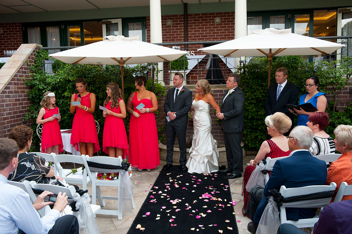 Wedding Celebrant Lillianfells Blue Mountains
